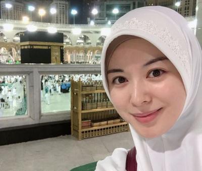 Rayakan Idul Adha, Ayana Moon Panjatkan Doa dan Kenang Momen Umrah