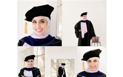 Mengenal Malak Shalabi, Muslimah Berhijab Pertama yang Diwisuda di University of Washington