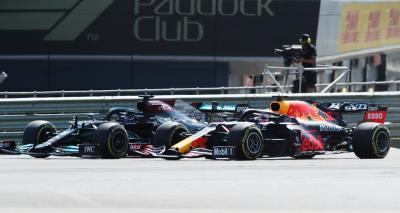Soal Insiden Hamilton dan Verstappen di F1 GP Inggris 2021, Ricciardo: Tidak Disengaja