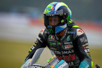 Valentino Rossi Mau Pensiun dari MotoGP, Andrea Dovizioso Coba Curi Kesempatan