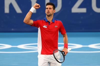 Cuaca Panas, Djokovic Tetap Mulus Lewati Rintangan Kedua di Olimpiade Tokyo 2020