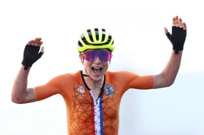 Lucu, Pesepeda Belanda Mengira Dapat Medali Emas Ternyata Cuma Perak di Olimpiade Tokyo 2020