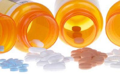 Jamin Distribusi Obat, Menkes Budi: Jangan Disetok Kasihan yang Sakit!