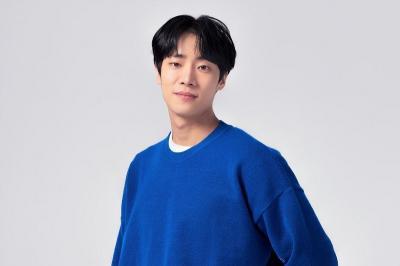 Kim Young Dae Mundur, Chu Young Woo Pertimbangkan Bintangi School 2021