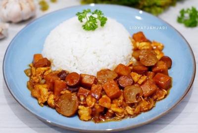 Mau Buat Menu Makan Siang Praktis? Bikin Nasi Gila Aja Yuk!