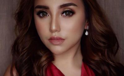 Salmafina Sunan Pamer Tubuh Bohay, Netizen: Gak Pakai Celana Dalam Ya?