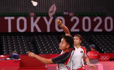 Hancurkan Peringkat 1 Dunia, Greysia Polii/Apriyani Juara Grup A Bulu Tangkis Olimpiade Tokyo 2020