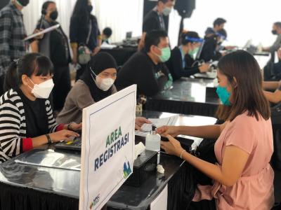 Hari Terakhir, Sentra Vaksinasi COVID-19 di MNC Kebon Jeruk Siapkan 800 Vaksin