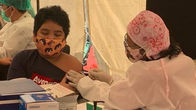 Ikut Vaksinasi COVID-19 di MNC, Bocah 13 Tahun: Enggak Sakit Kok