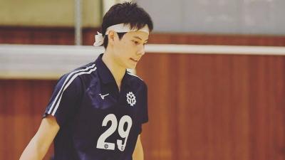 5 Potret Ganteng Takahashi Ran, Atlet Voli Jepang yang Mirip Nicholas Saputra