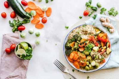 Jaga Kesehatan, Rasulullah Ajarkan Keseimbangan Pola Makan