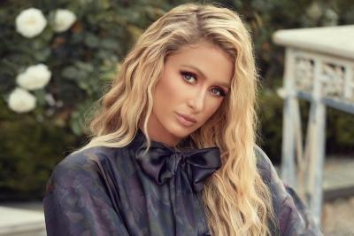Paris Hilton Hamil Anak Pertama