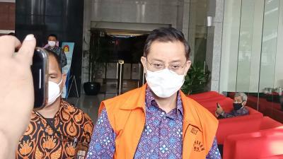 Dituntut 11 Tahun Penjara, Juliari Batubara Siapkan Pembelaan