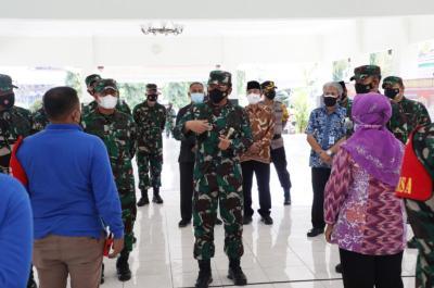 Panglima TNI Pastikan Kesiapan Tenaga Tracer Covid-19 di Yogyakarta