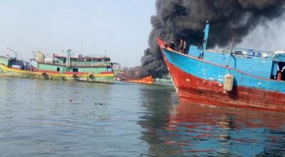 Satu Kapal Terbakar di Pelabuhan Muara Baru Jakut