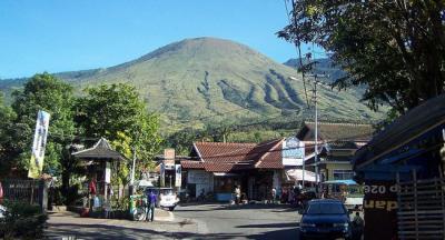 Gunung Guntur, Pesona 7 Puncak dengan Medan Pendakian Menantang