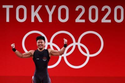 Raih Total Angkatan 342 Kg, Rahmat Erwin Abdullah Berpeluang Sumbang Medali untuk Indonesia di Olimpiade Tokyo 2020