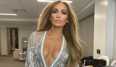 Ben Affleck Hadiahi Jennifer Lopez Kalung Mewah, Ini Maknanya