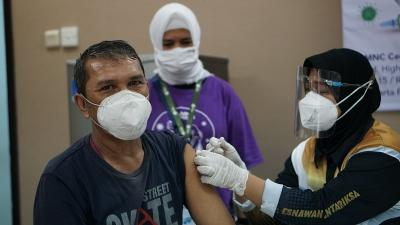 Peserta Puas Layanan Vaksinasi MNC Peduli: Semoga Rakyat Indonesia Sehat Semua