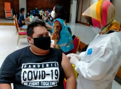 Ini 3 Daerah yang Capaian Vaksinasi Covid-19 Sudah Lebih dari 50%