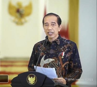 PPKM Level 4 Diperpanjang, Jokowi Percepat Bansos Tunai hingga BLT