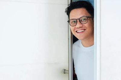 Ikoy-Ikoyan Arief Muhammad Bikin Heboh Selebgram, Bantu Beliin Laptop hingga Bayar Kontrakan