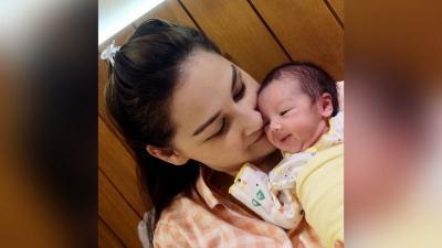 Kakak Ipar Meninggal, Mona Ratuliu Rela Jadi Ibu Susu sang Keponakan