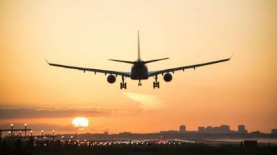 Jadwal Penerbangan di Bandara Ini Kacau Balau Akibat Serangan Roket