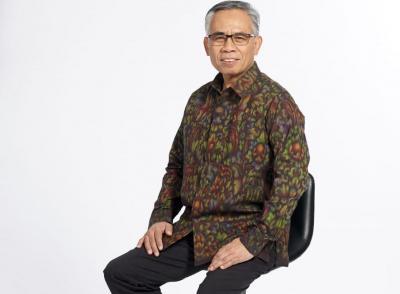 Ketua OJK Sebut Ada Efek Samping Penumpukan Dana di Perbankan