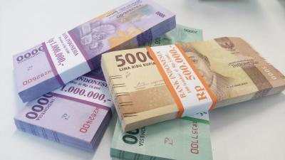 Rupiah Menguat ke Rp14.342 USD di Tengah Melandainya Kasus Covid-19