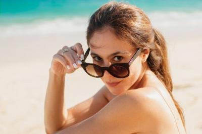 Wulan Guritno Pakai Bikini Putih Bikin Gaduh, Netizen: Lebih Menggoda Daripada Gadis