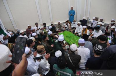Habib Saggaf Wafat, PB Alkhairaat Imbau Warga Tahlil dari Rumah