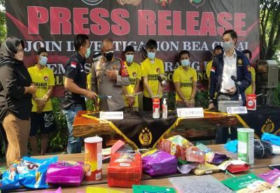 Pengiriman 9.984 Ekstasi Dikemas Dalam Paket Makanan dari Makaysia Berhasil Digagalkan Bea Cukai Bandara Soetta