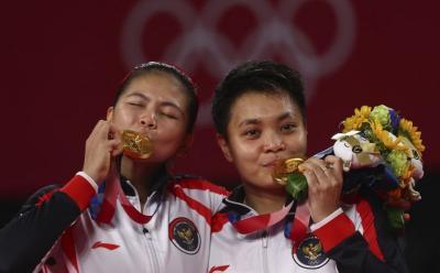 Ungkapan Syukur Netizen Saksikan Greysia Polii Apriyani Raih Emas di Olimpiade Tokyo 2020