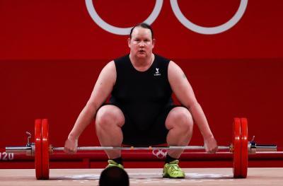 Usai Olimpiade Tokyo 2020, Lifter Transgender Laurel Hubbard Ingin Pensiun