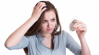 Usia Masih Muda Rambut Sudah Beruban? 5 Kebiasaan Ini Penyebabnya