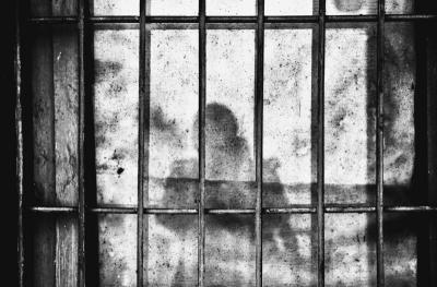 """Penjara Kelebihan Muatan, 30.000 Napi """"Dirumahkan"""""""