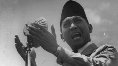 Kisah Soekarno Gemar Membaca, Paling Hobi Buku Biografi Tokoh Dunia