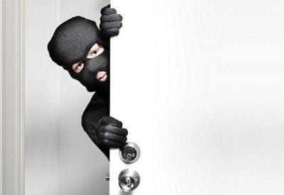 Sisir Gang Sempit, Dua Pencuri Gasak Spion di Grogol