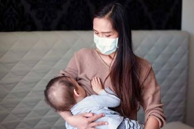 Dokter Bagikan Cara Aman Beri ASI ketika Ibu atau Bayi Positif Covid-19