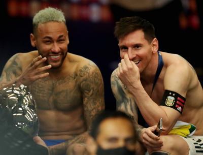 Lionel Messi Tinggalkan Barcelona, Neymar Beri Kode Gabung PSG?