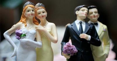 Gay dan Lesbian Praktik Melempar Kotoran ke Dalam Jiwa