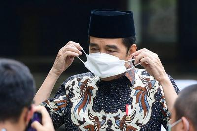 Jokowi : Vaksinasi Door to Door Bentuk Pelayanan Langsung
