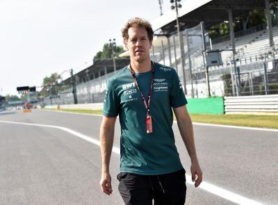 Resmi! Sebastian Vettel Tetap Bela Aston Martin di F1 2022