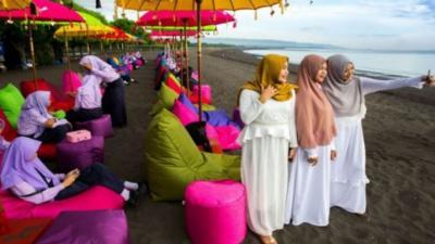 Wapres Ma'ruf Amin Sebut Wisata Halal Harus Penuhi 3 Aspek, Apa Saja?