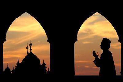 Doa Buka Puasa Senin Kamis, Lengkap dengan Keutamaannya