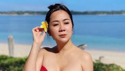 Tante Ernie Tampil dengan Bra Merah, Netizen: Wanita yang Bikin Imunku Stabil