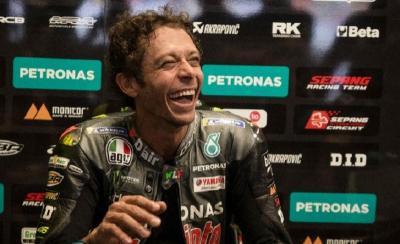 Dovizioso Jadi Rekan Setim di Sisa Musim MotoGP 2021, Valentino Rossi Beri Sambutan Hangat