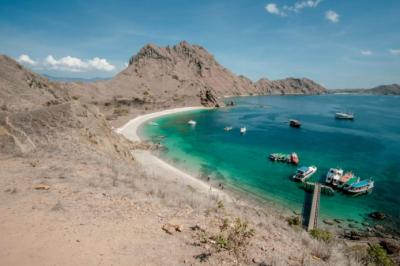 Wajib Masuk Wish List, Ini 4 Rekomendasi Penginapan di Labuan Bajo dengan Pemandangan Laut Lepas