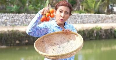 Susi Pudjiastuti Panen Bayam hingga Tomat: Asyik Banget